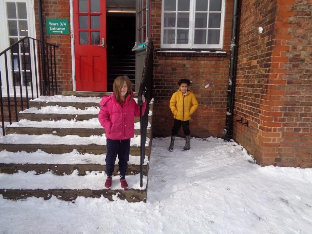 Snow Fun  (2)