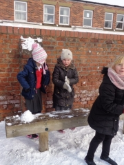 Snow Fun  (4)